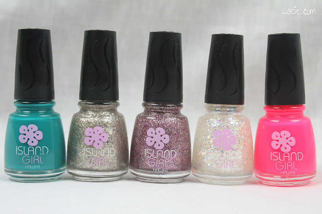 The teal is called Aloha Paradise, and the neon pink is called Mahalo Color. The three glitters came in a three-pack and, for some reason, are missing their shade labels.